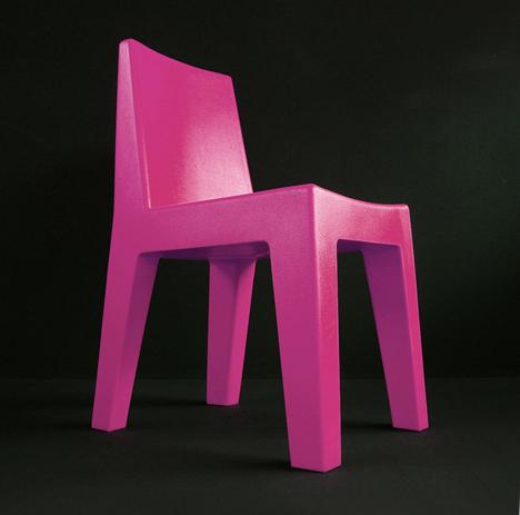 korban flaubert_magenta mighty chair