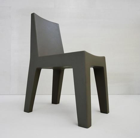 korban flaubert_charcoal mighty chair