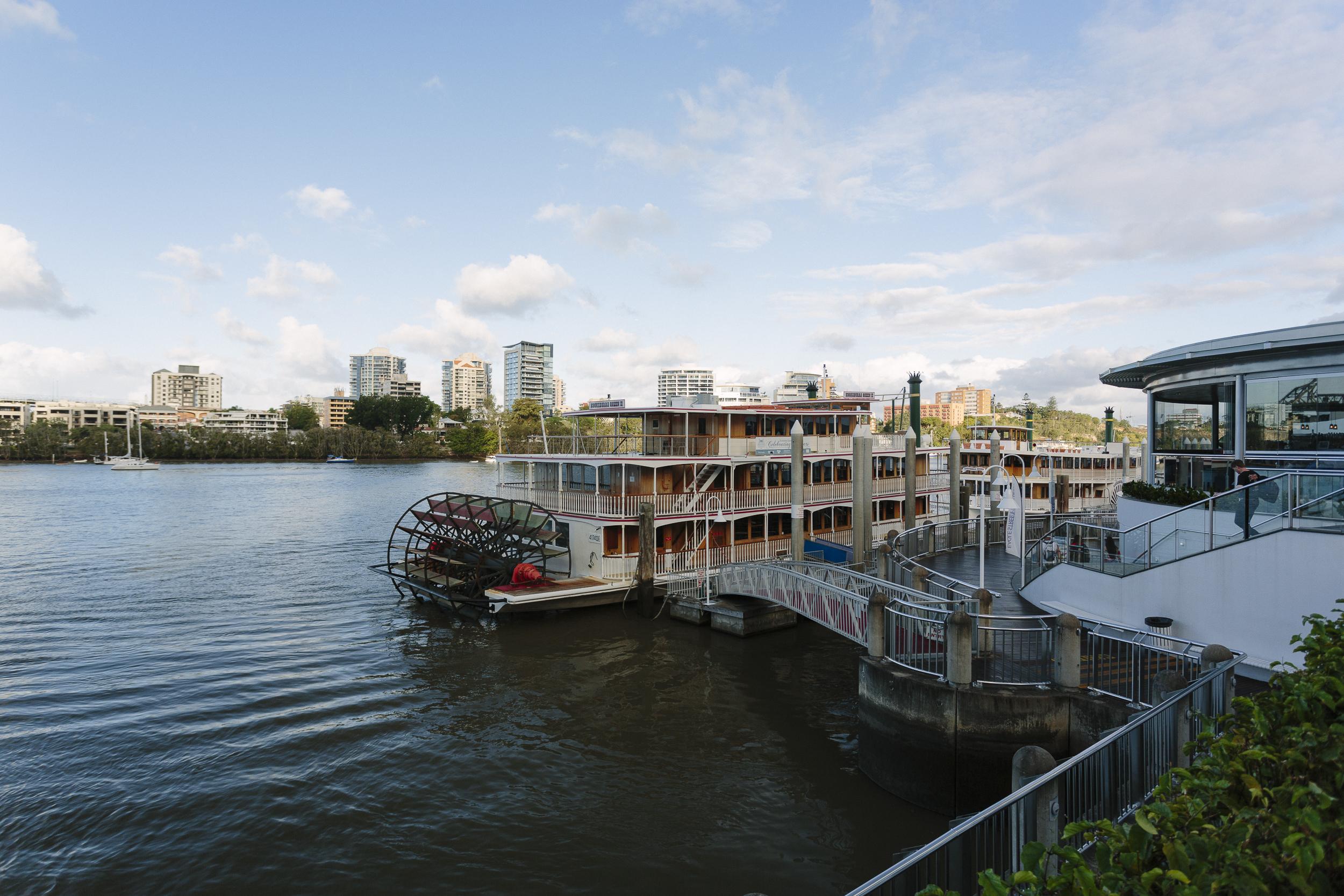 Brisbane_Eagle Pier001.jpg