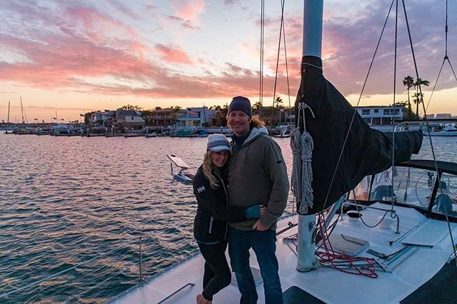 Sunset is always a celebration. 📸: @_eddiefrank ... ... #sailingaria #sailboatlife #liveaboardlife #newportbeach #newportsunset