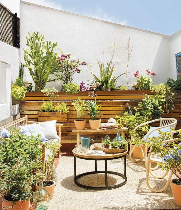 simple-patio-design-600x697.jpg