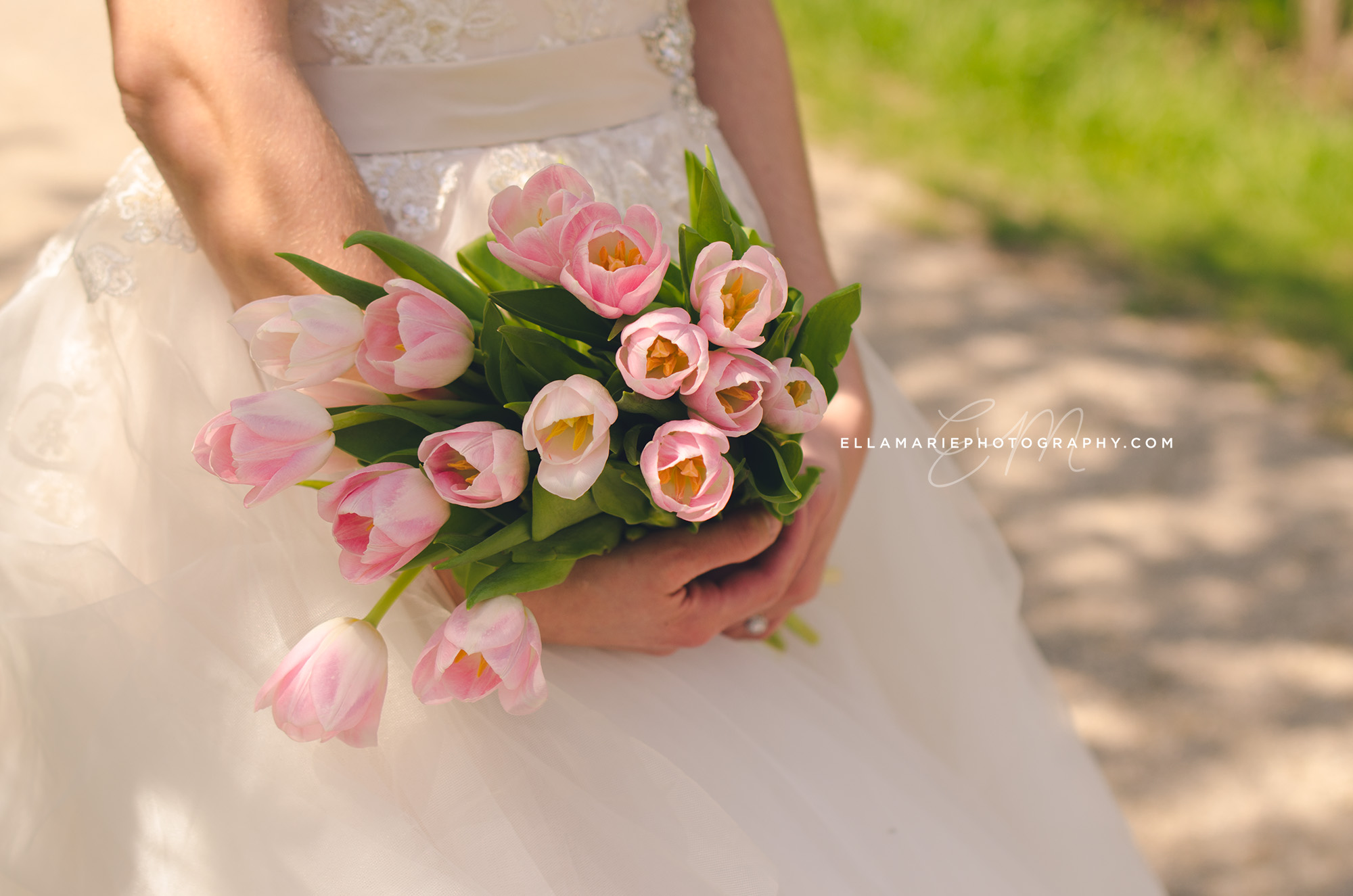 EllaMariePhotography_wedding_Baden_ON_New_Hamburg_Stratford_Waterloo_Kitchener_Guelph_Cambridge_Listowel_photographer_photography_03.jpg