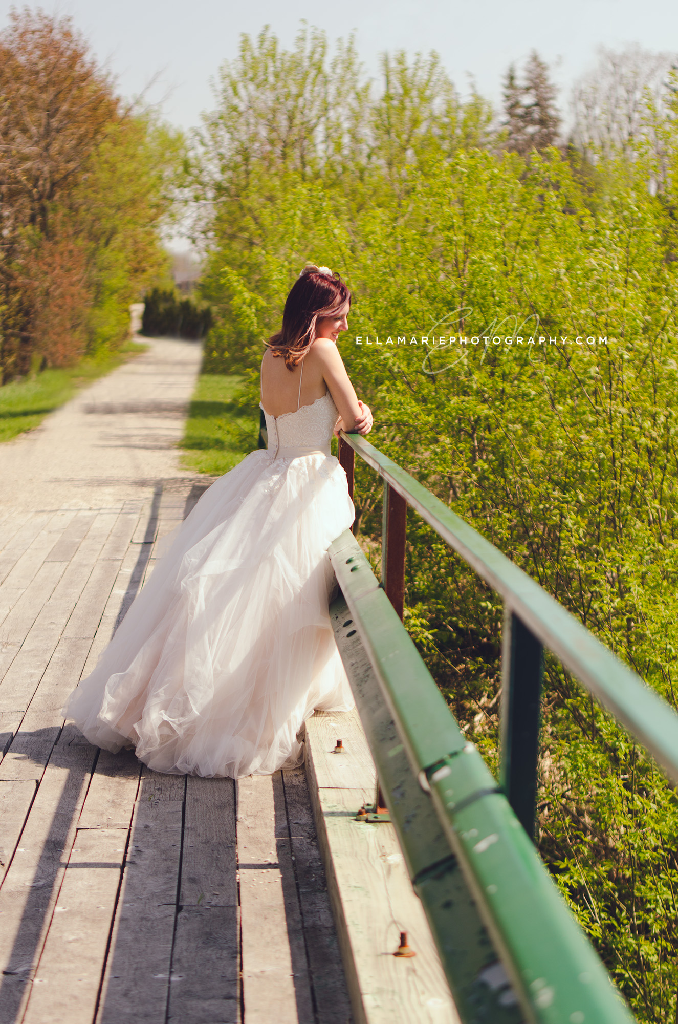 EllaMariePhotography_wedding_Baden_ON_New_Hamburg_Stratford_Waterloo_Kitchener_Guelph_Cambridge_Listowel_photographer_photography_05.jpg