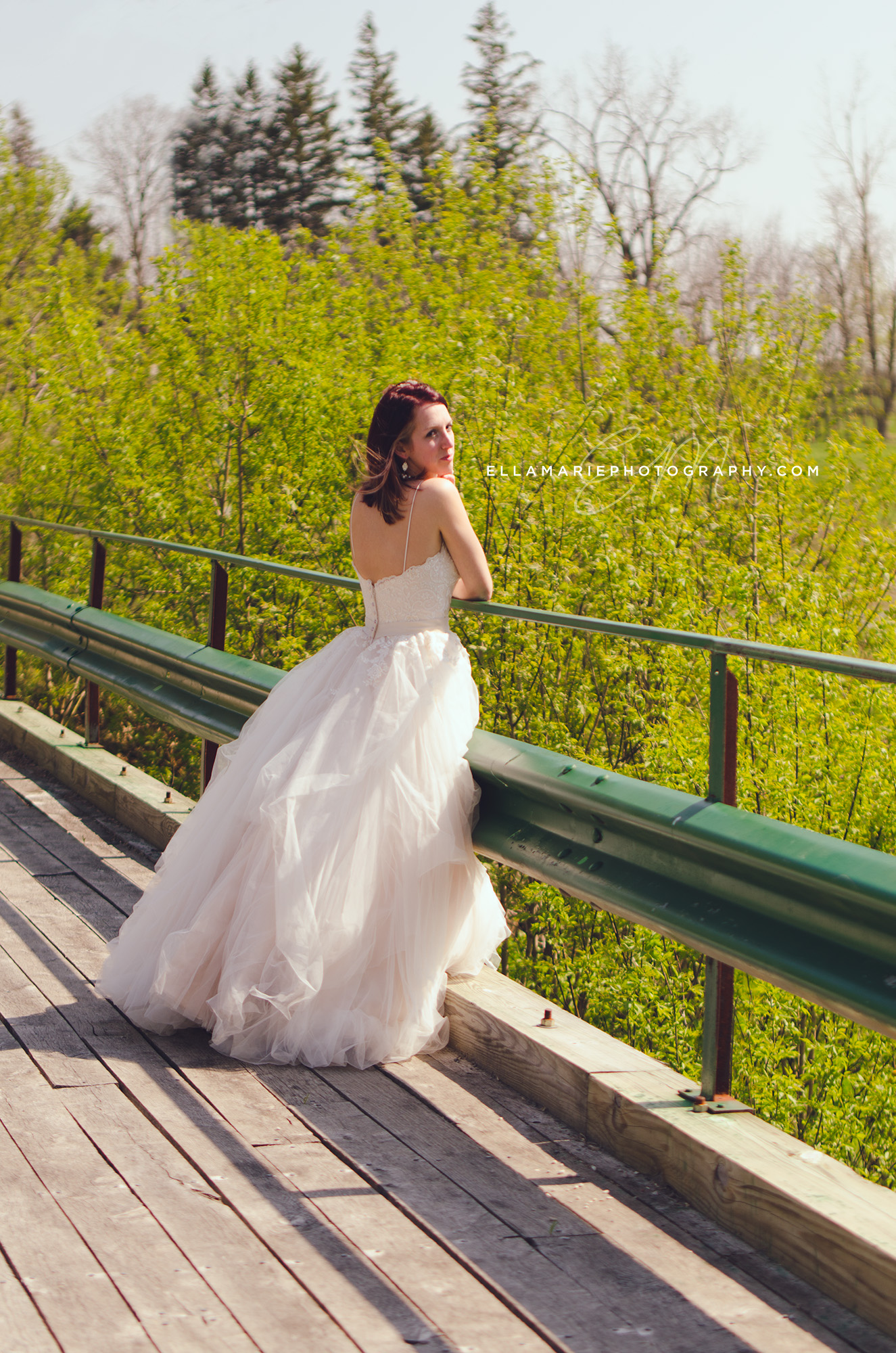 EllaMariePhotography_wedding_Baden_ON_New_Hamburg_Stratford_Waterloo_Kitchener_Guelph_Cambridge_Listowel_photographer_photography_07.jpg