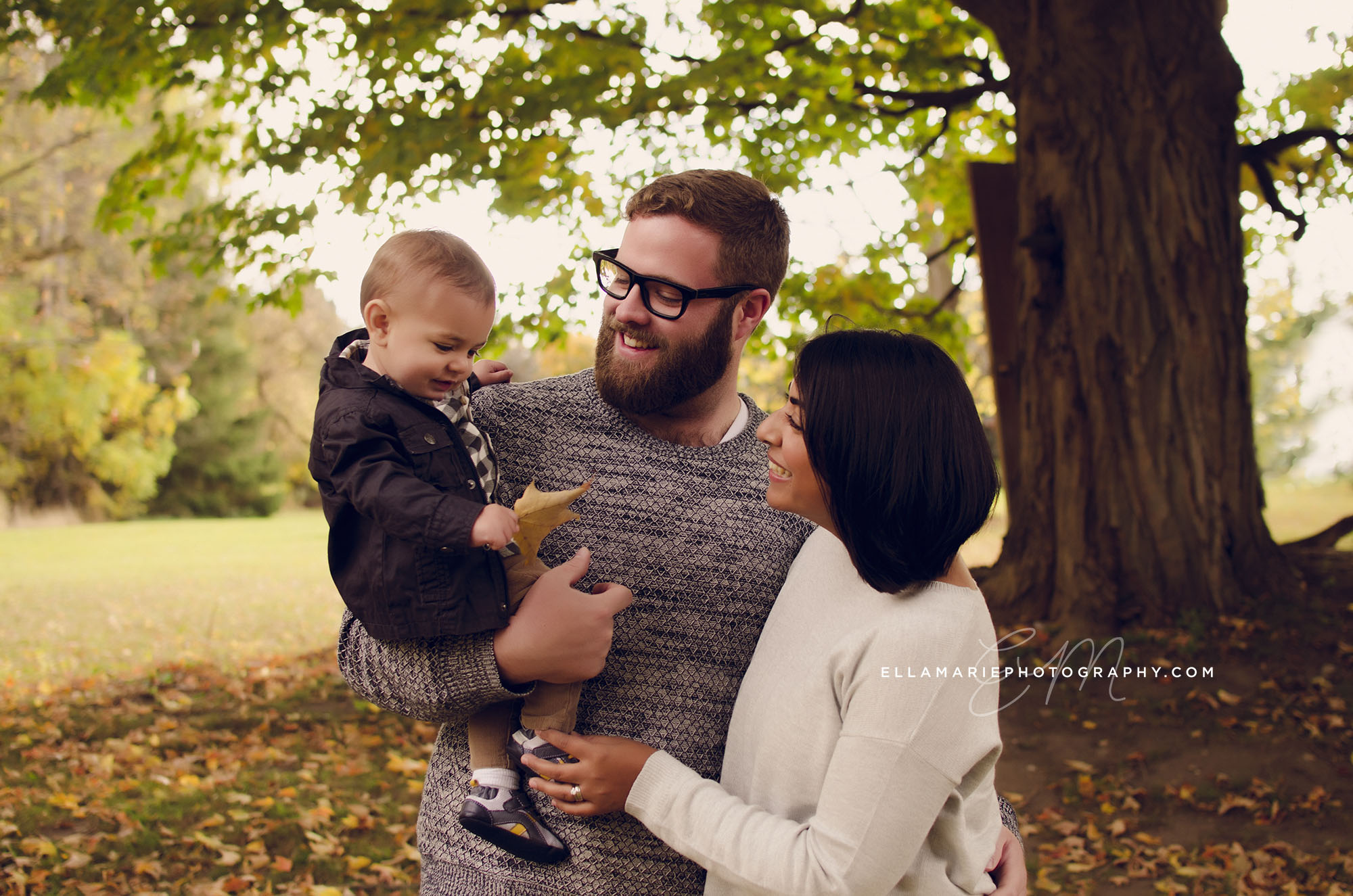 Erika_EllaMariePhotography_family_Baden_ON_New_Hamburg_Stratford_Waterloo_Kitchener_Guelph_Cambridge_Listowel_photographer_photography_04.jpg