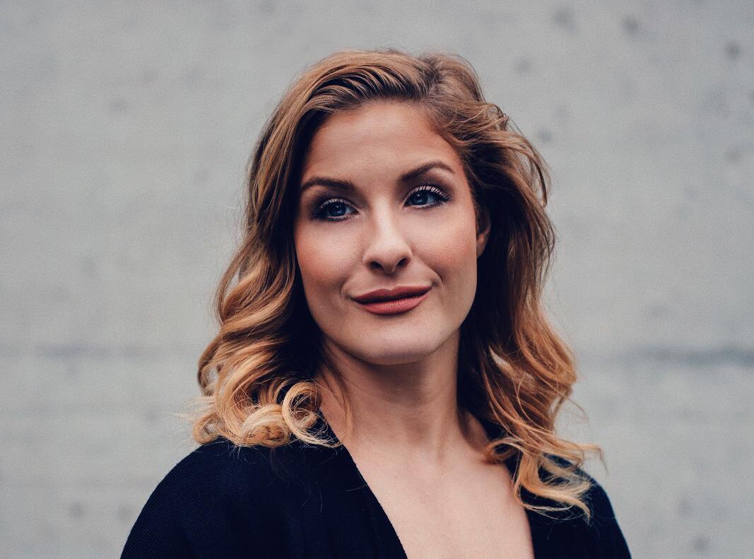 Madleina von Reding. Portrait.2018.2.jpg