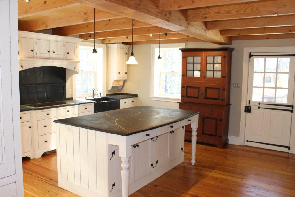 kitchen 001-2.jpg