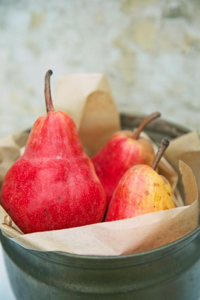 red pears.jpg