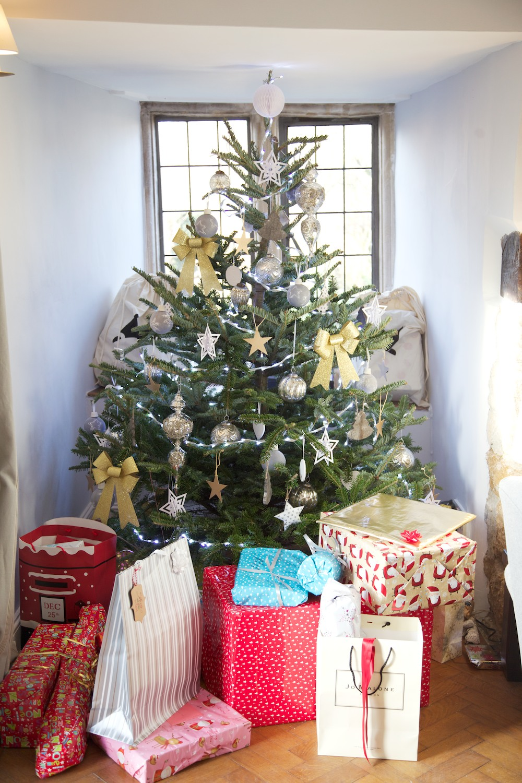 white and grey christmas tree