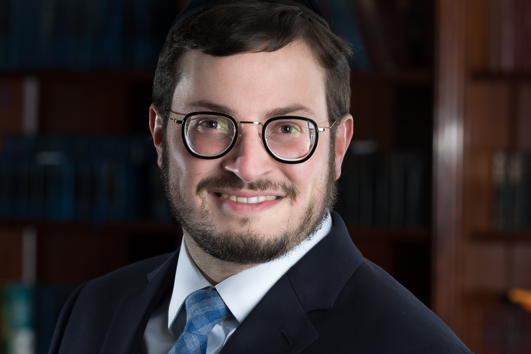 Rabbi Naphtali Buchwald,  Scholar     Joined October 2014   R' Naphtali was born and raised on Manhattan's Upper West Side. Naphtali was a member of the founding class at Yeshiva Ohavai Torah of Riverdale. After graduating he traveled to Eretz Yisrael and studied In Yeshivas Toras Moshe in Yerushalayim. After returning to America he enrolled in Lakewood's Beth Medrash Govoha where he settled with his wife Shira (nee Schonfeld) of Queens, New York.  R' Naphtali has completed the Ner Le'elef leadership training program and National Council of Young Israel's Rabbinic training course. He has published a kunteres on various halachic topics. He is currently the rabbinic intern at the Young Israel of Houston under the leadership of Rabbi Yehoshua Wender. He is completing his semicha and shimush from BMG and is an aspiring pulpit rabbi. Shira has a degree in Special Education in addition to being a talented graphic artist.