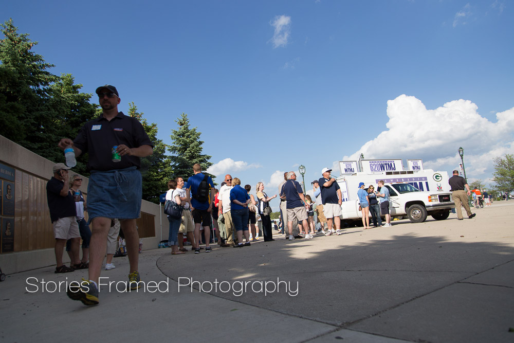 Stories Framed Photography | TMJ Night at Miller Park | tailgate