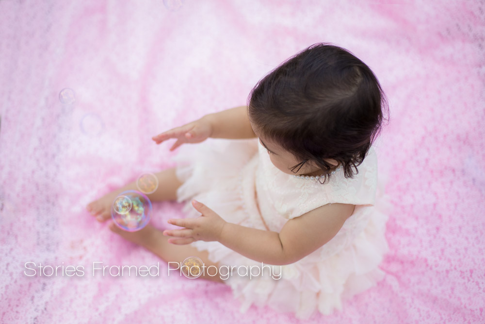 Stories Framed Photography | Cake Smash | Child Baby 1-year old | happy birthday | bubbles