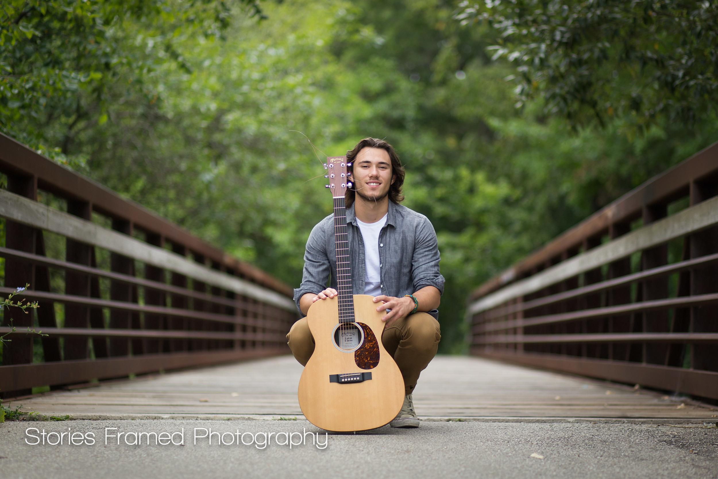 Wauwatosa-Senior-Photography-Tosa-West-Jacob-guitar