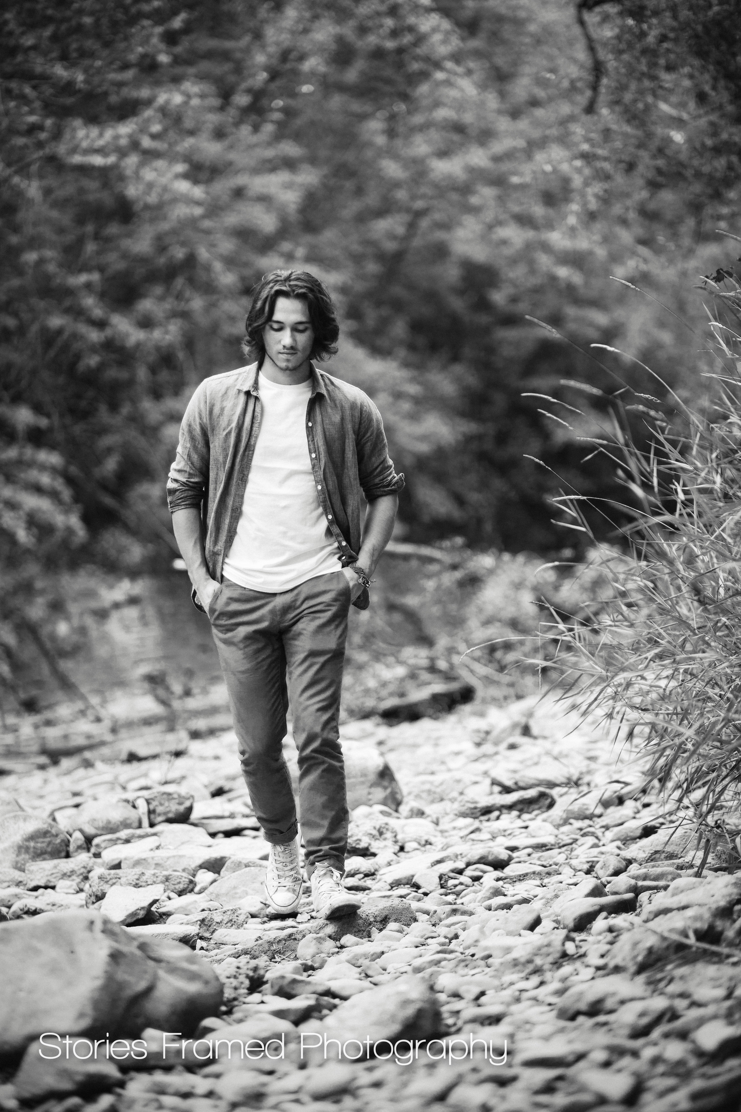 Wauwatosa-Senior-Photography-Tosa-West-Jacob-creek-02