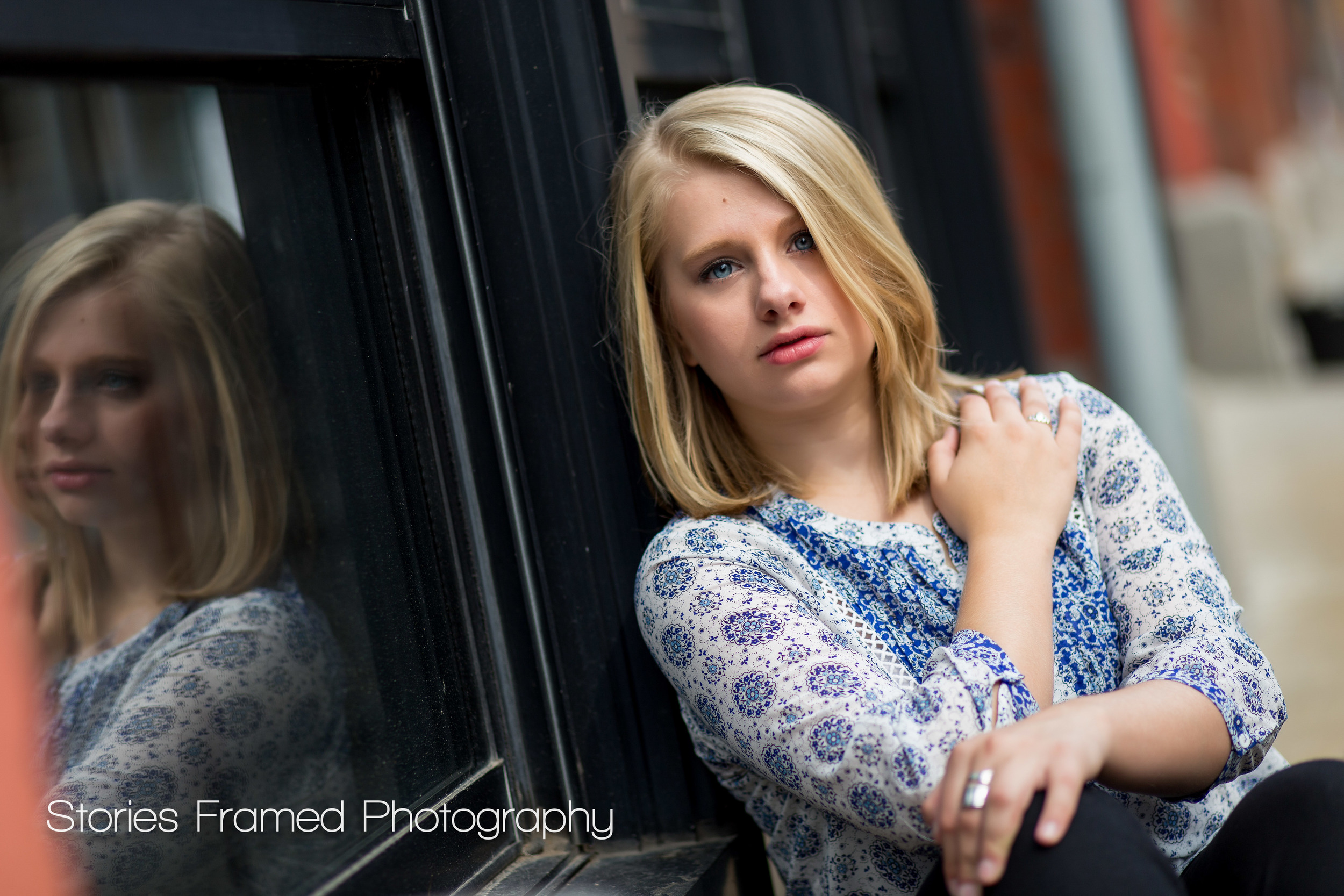 Wauwatosa-East-Senior-Portraits-window-reflection-class-of-2016