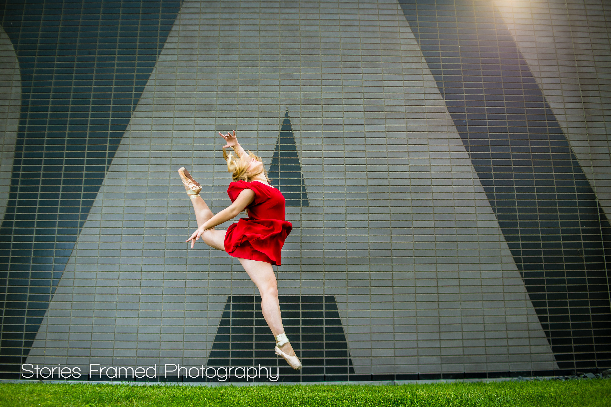 Wauwatosa-East-Senior-Portraits-Harley-ballet-dancer-leap