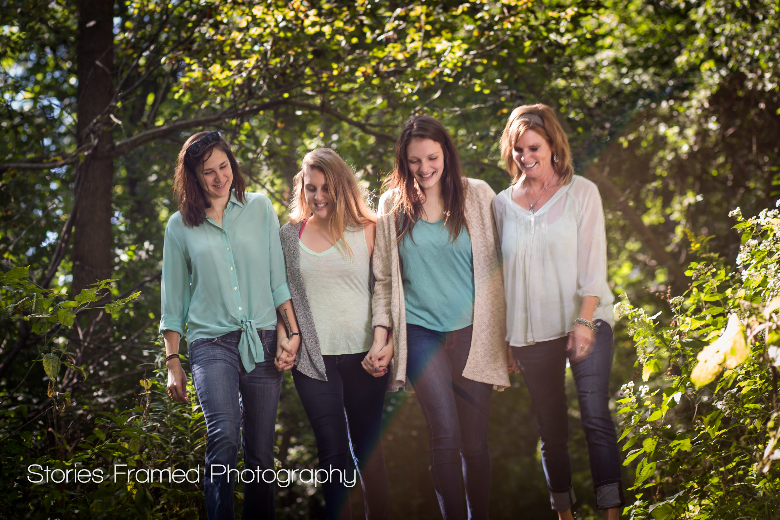 Wauwatosa-family-photography-Hoyt-Park-woods-OLeary-girls
