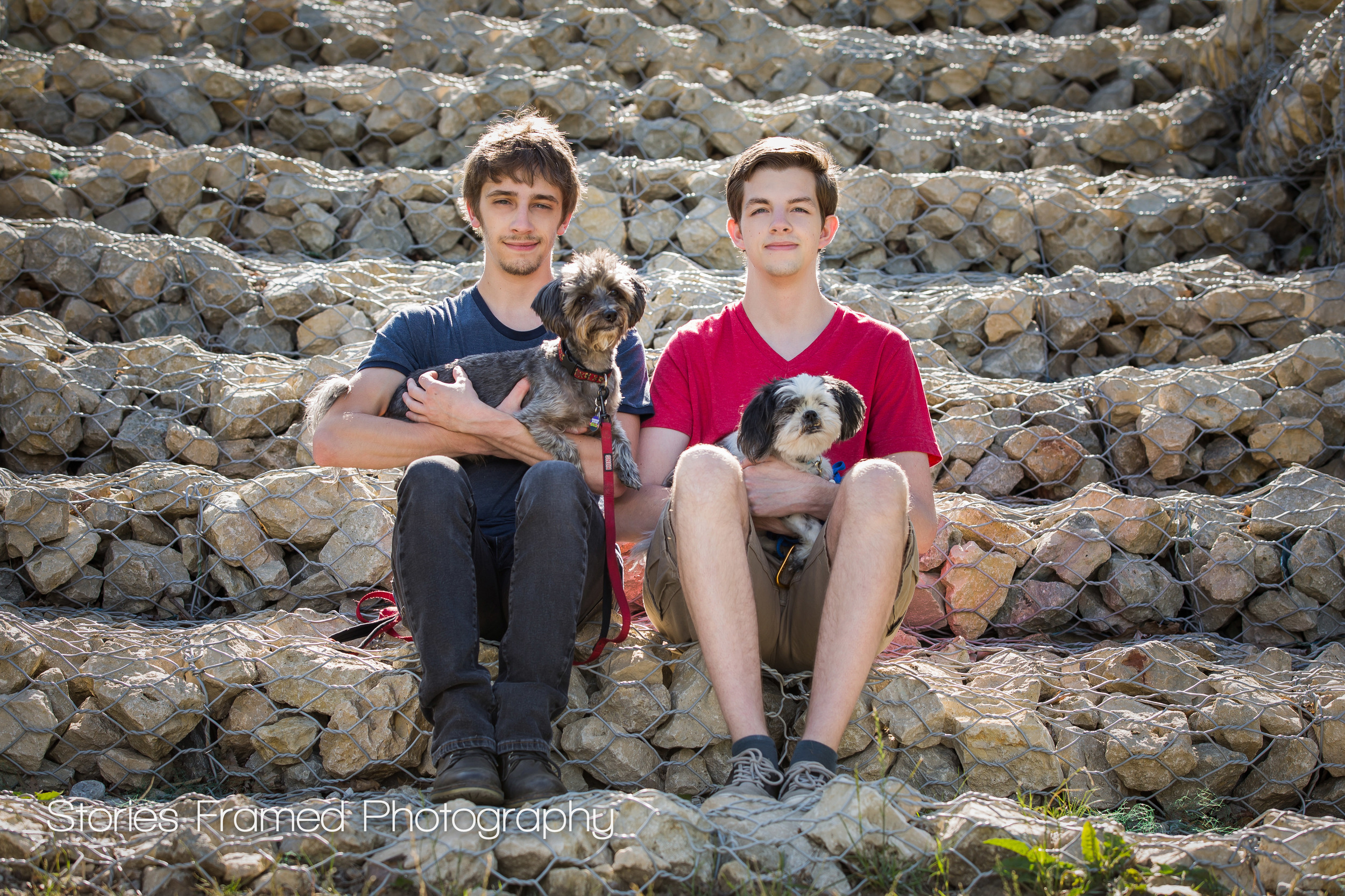 Milwaukee-Family-Portraits-two-boys-and-dogs