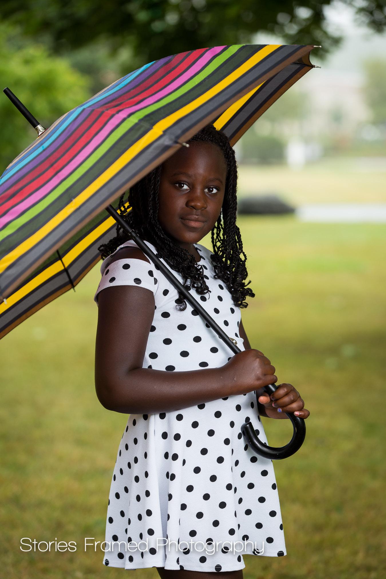 Shorewood-Family-Portrait-girl-umbrella