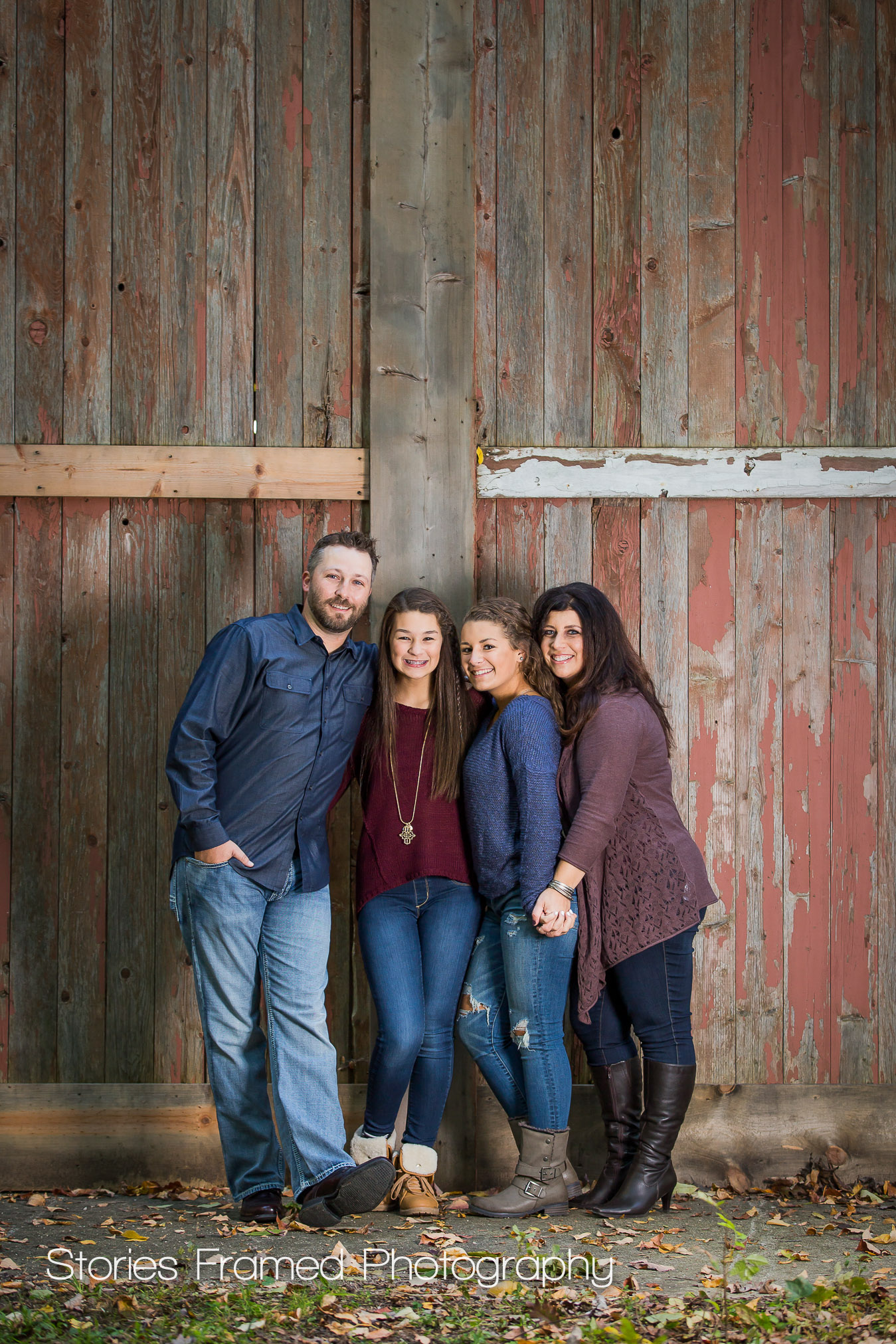 Wales-Fall-Family-Photos-barn
