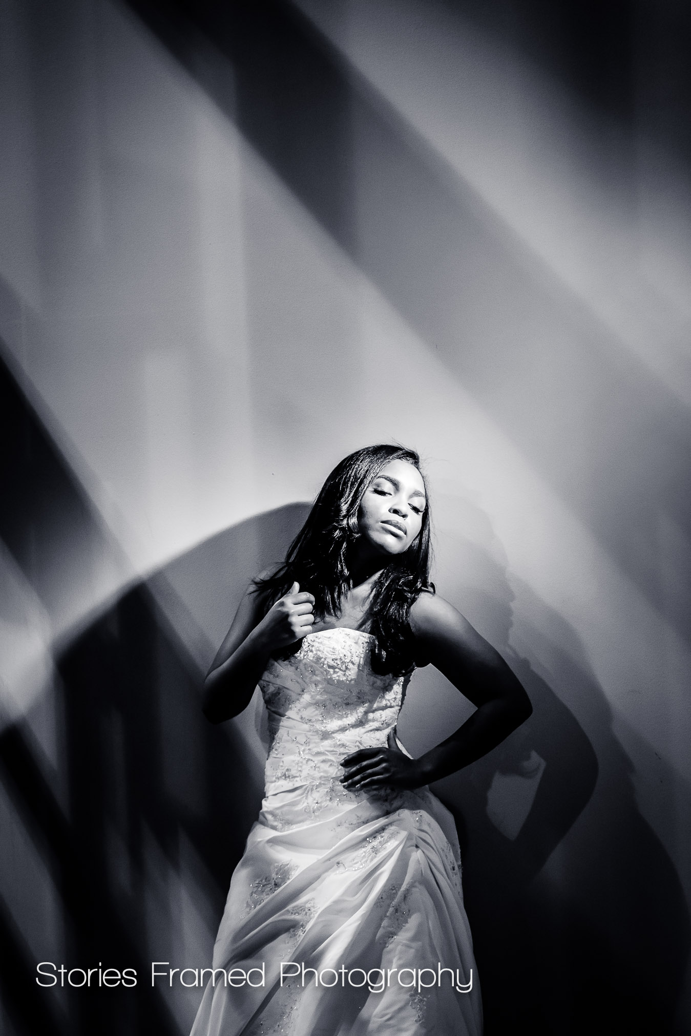 Imaging USA | wedding portraits b&w posing