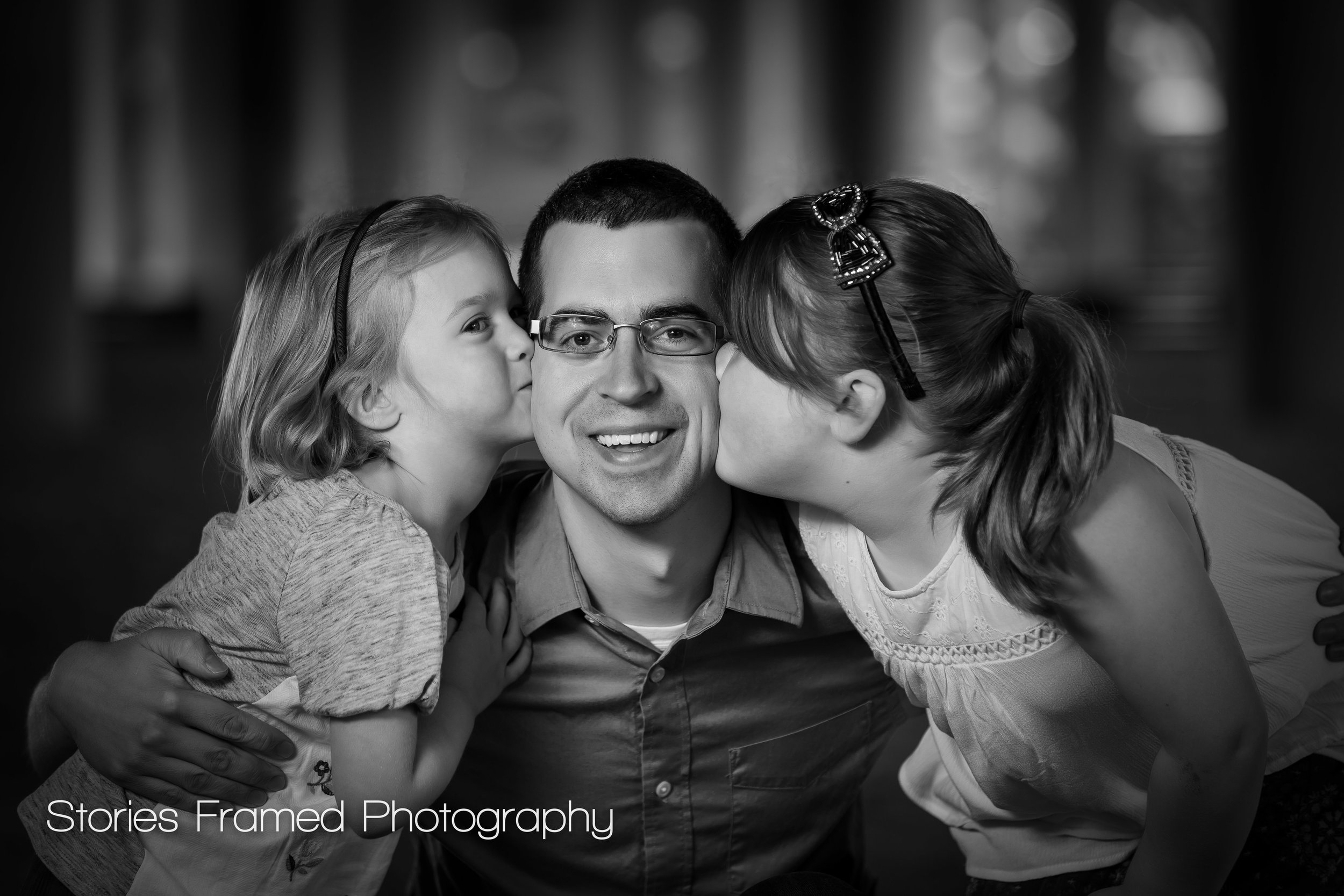 Wauwatosa Family Portraits Dad and his girls