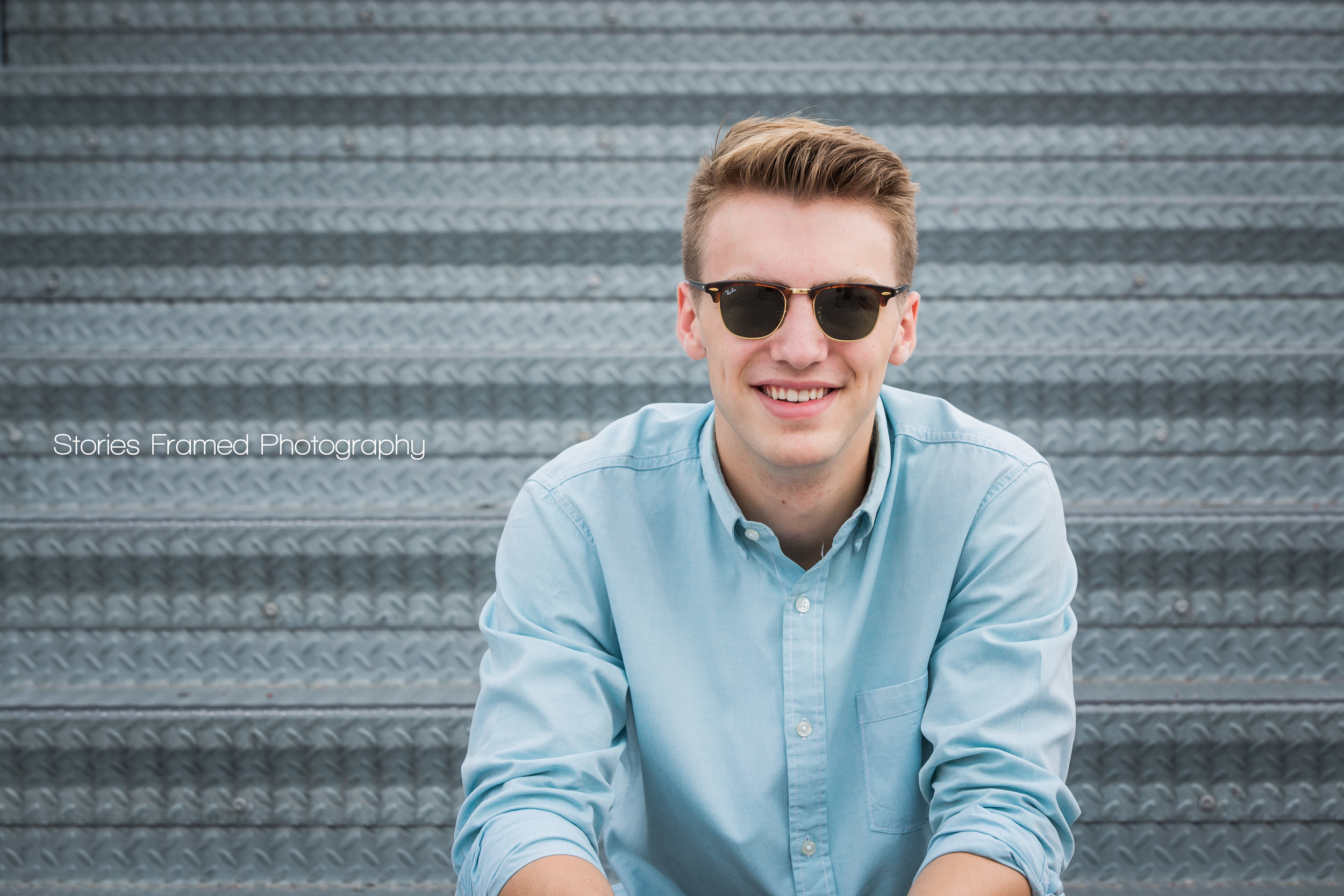 Joey-Greenfield-classof2017-seniorportraits-03.jpg