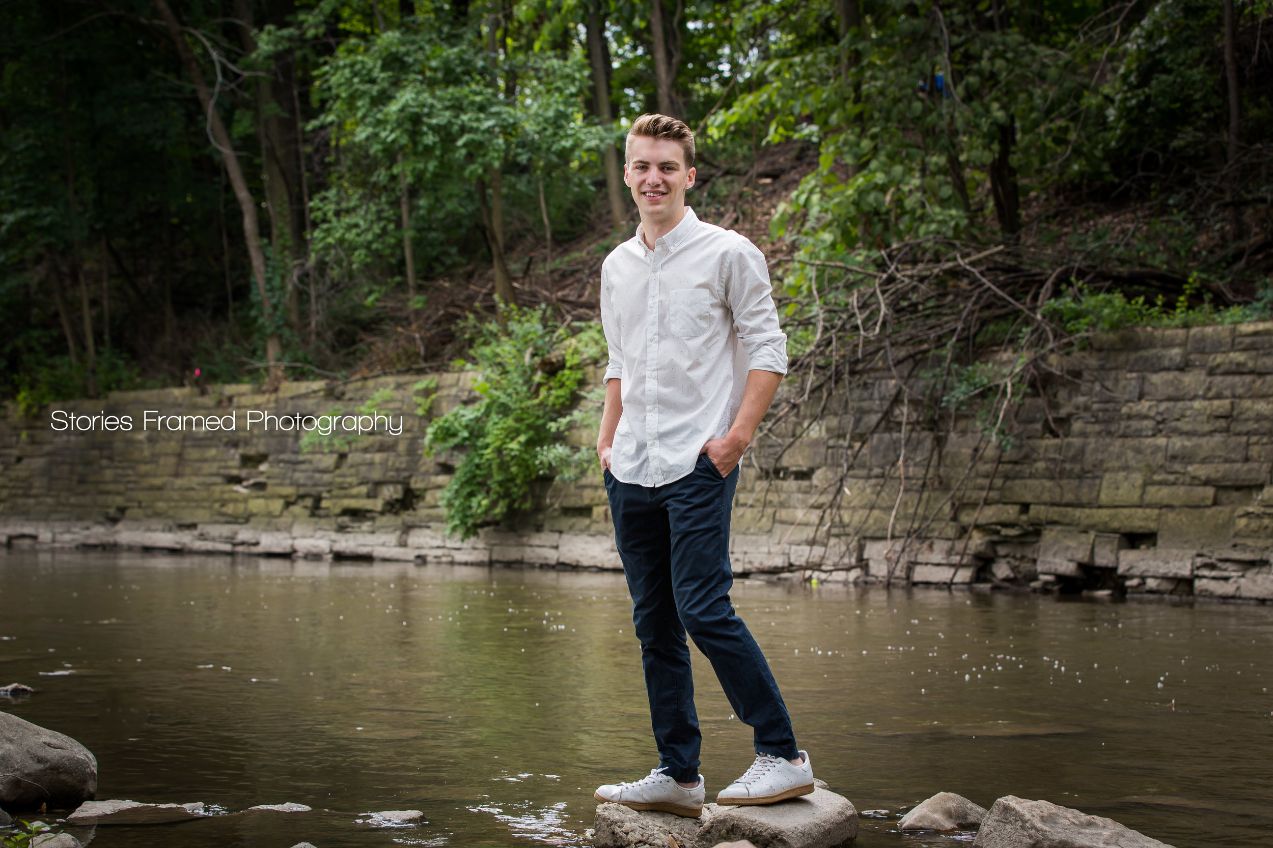 Joey-Greenfield-classof2017-seniorportraits-05.jpg