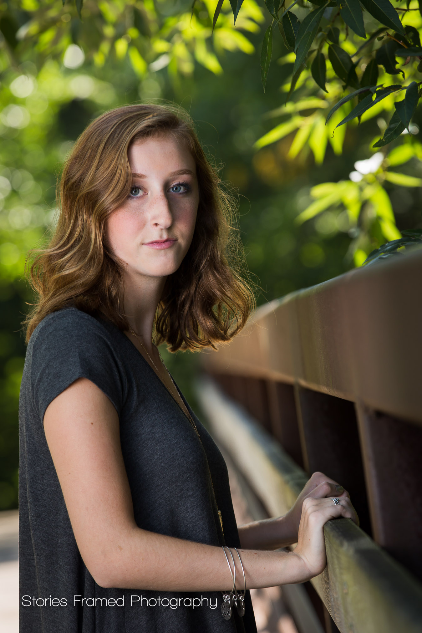 Tosa-East-HS-senior-portraits-bridge