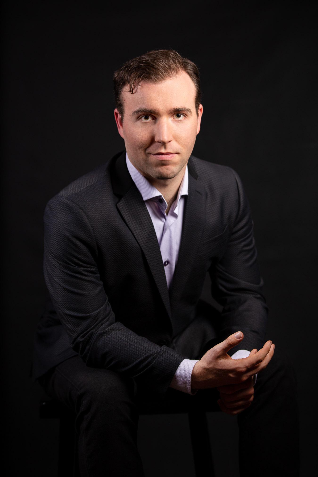 ThomasCauley-actor-headshot.jpg