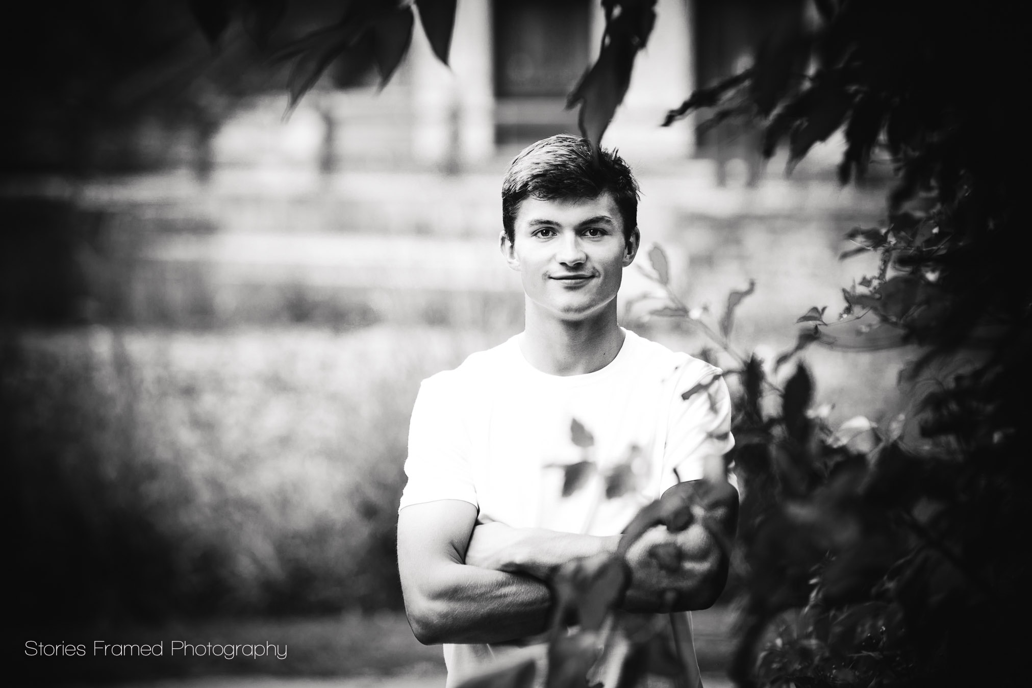 black-and-white-senior-portraits.jpg