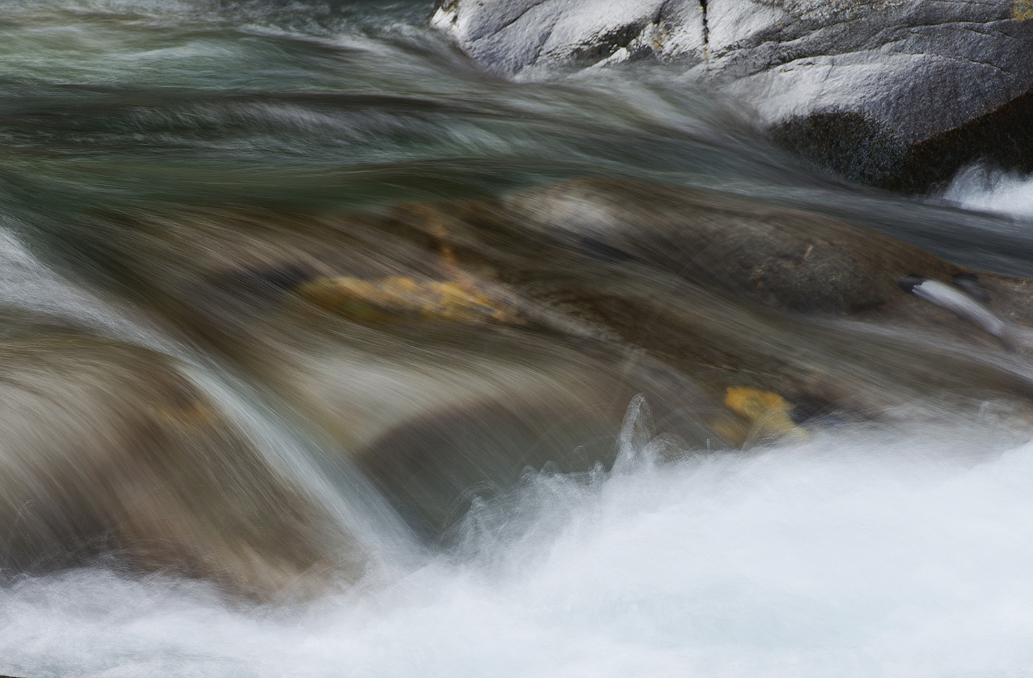 Abstract-Waterfall-Rio-Gonzales-1500.jpg