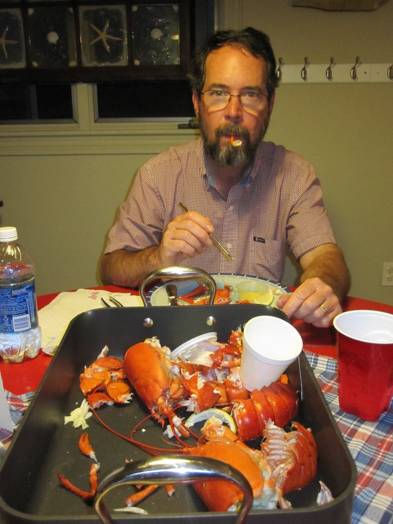Paul ate lobster all but 3 days when we were in Maine. Lobster sandwich, lobster roll, lobster stew, lobster ice cream... This Lobster is from  Trenton Bridge Lobster Pound - The best we have ever tasted!