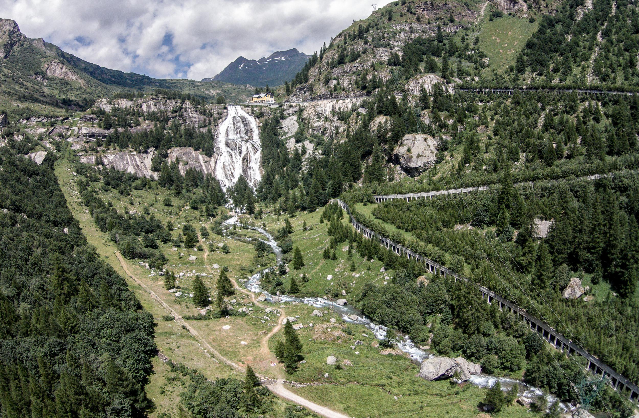 Vista aerea della Cascata del Toce