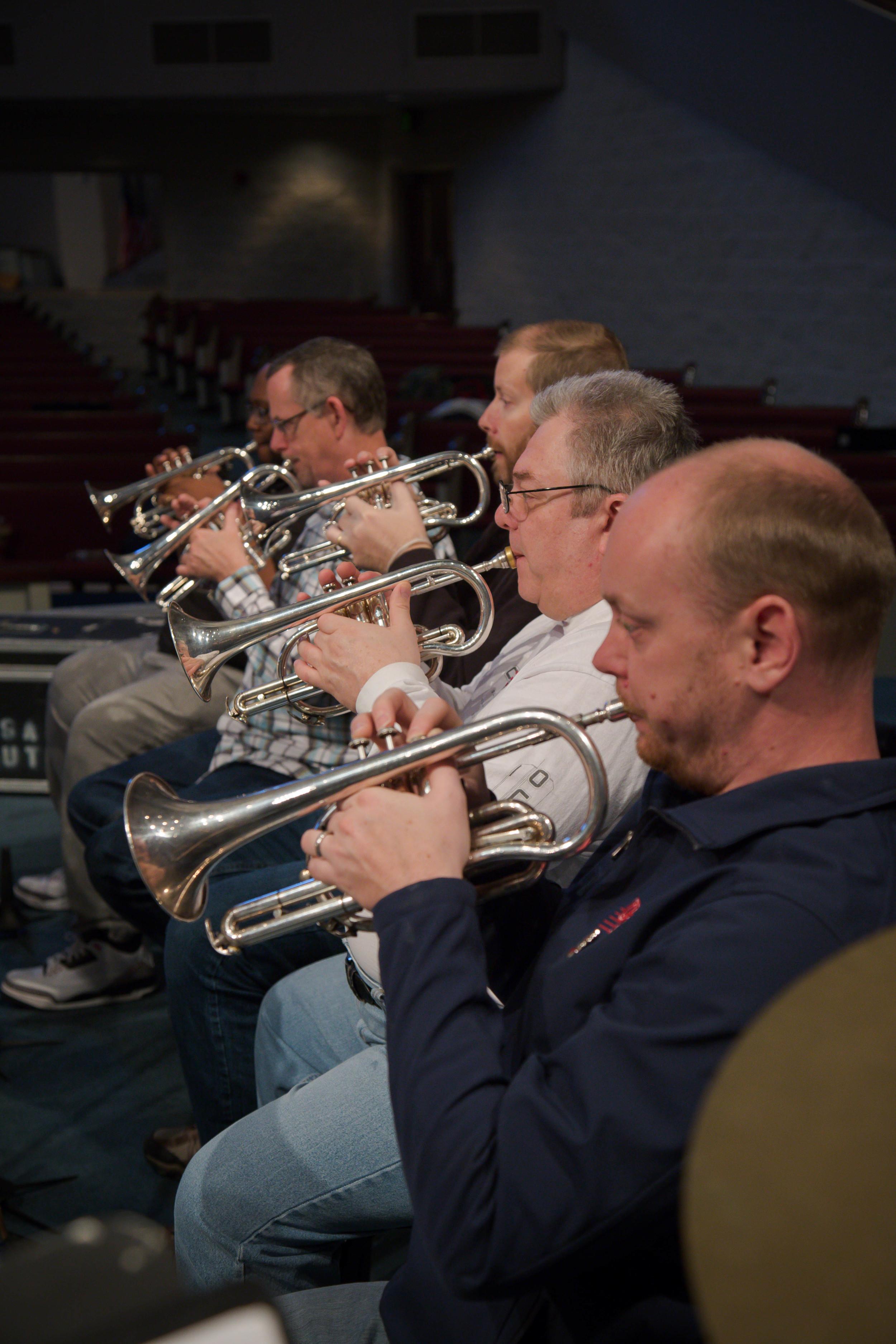 Jeremy Leach and the back row cornets