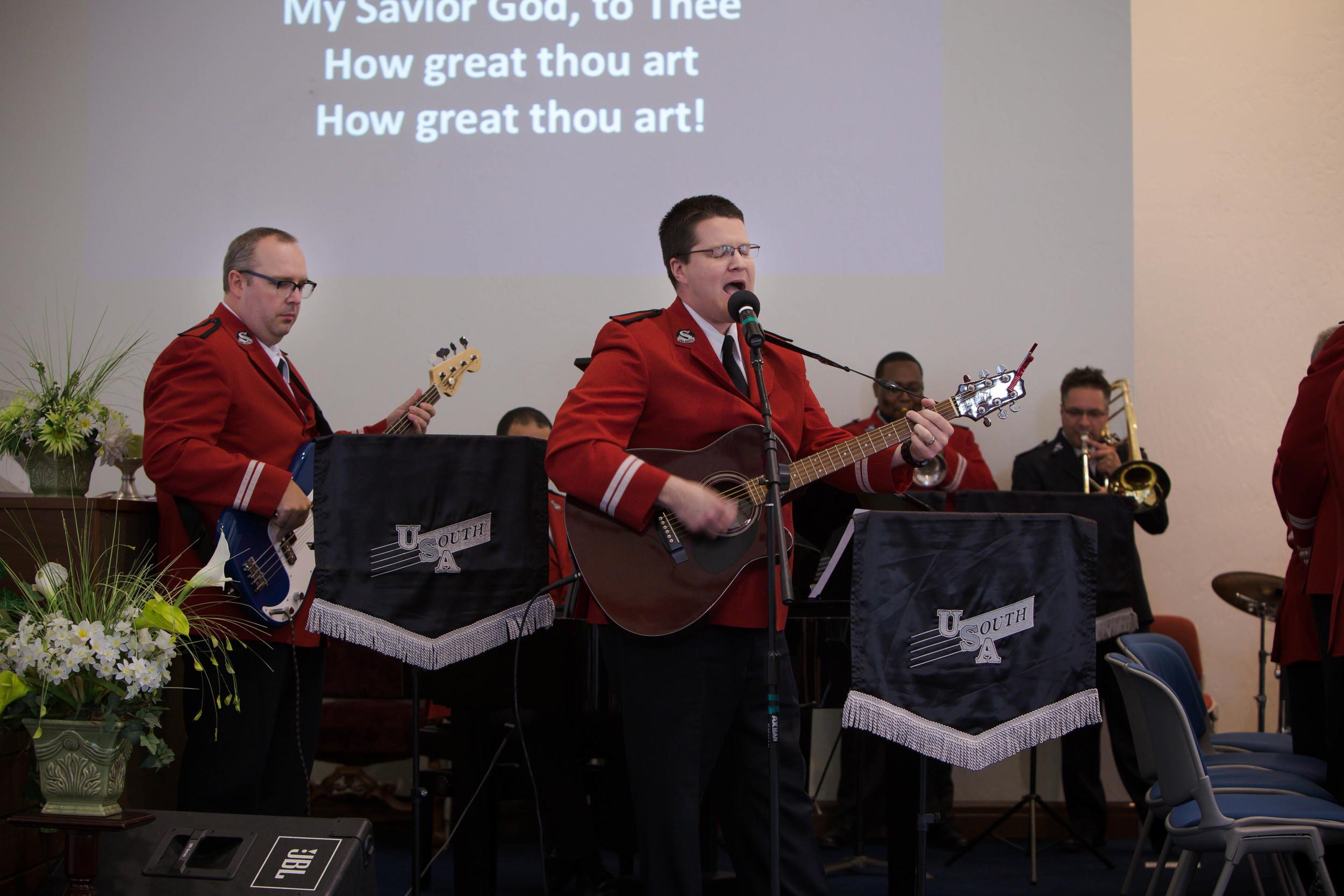 Territorial band praise team