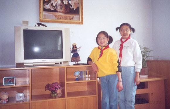 Abigail and Bingjie when younger.jpg