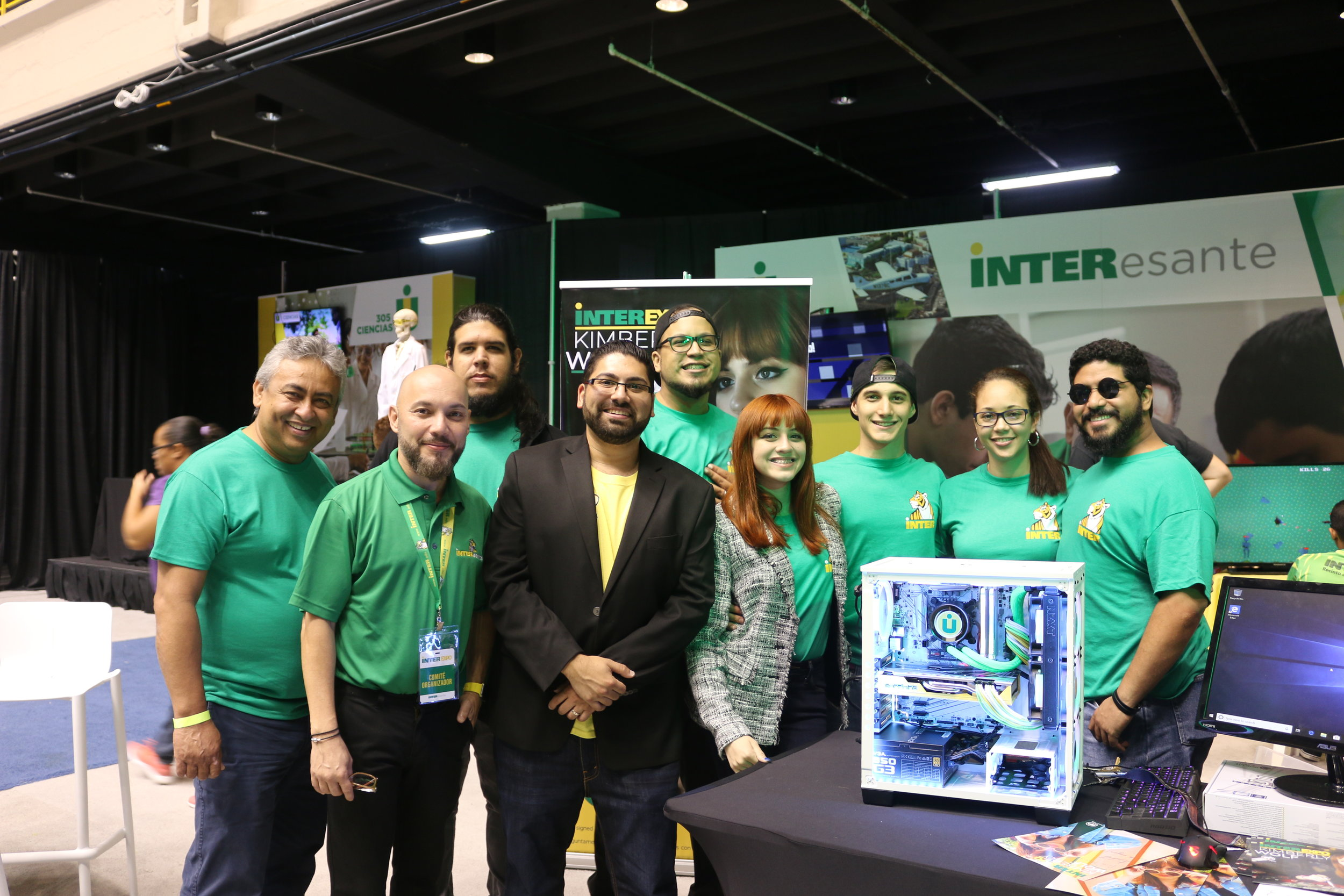 The InterAmericana University Staff and the Bandi Tech Staff at the InterExpo