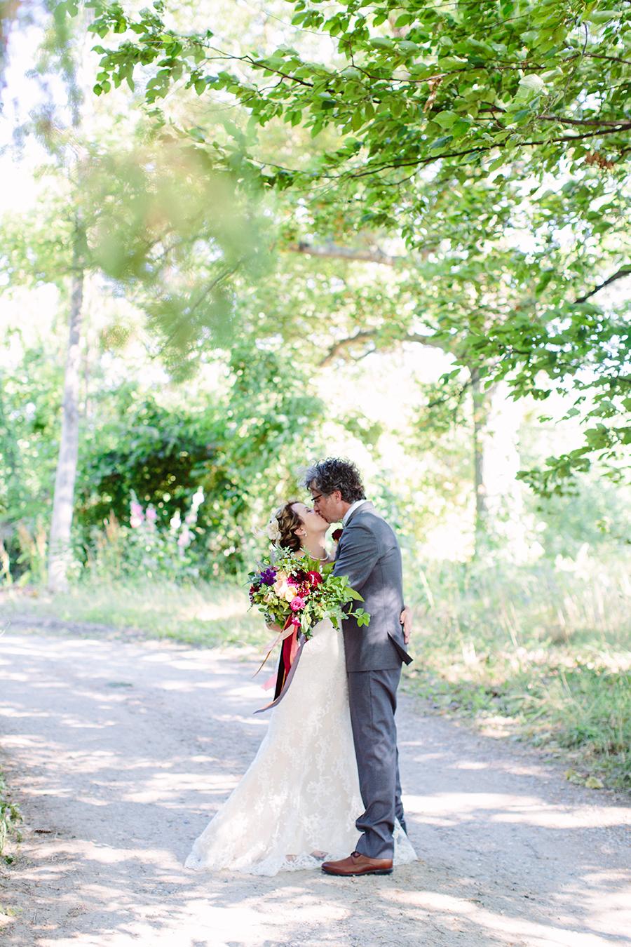 claire&garrettwedding_10.jpg