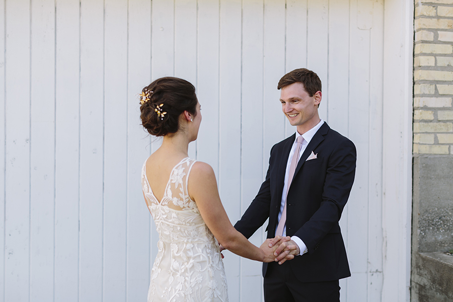 emily&andy-thecompasspointshere_003.jpg