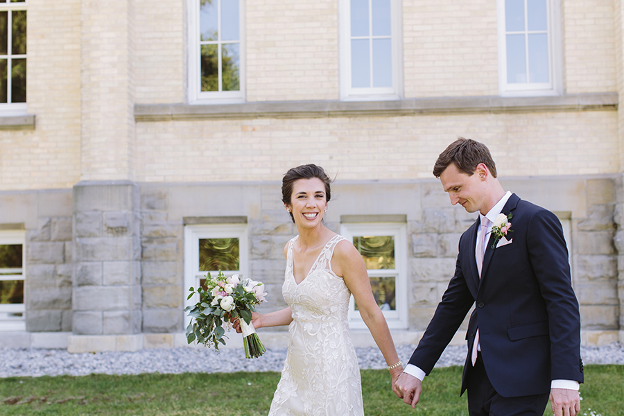 emily&andy-thecompasspointshere_005.jpg