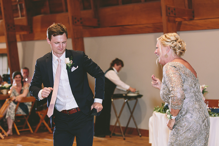 emily&andy-thecompasspointshere_023.jpg