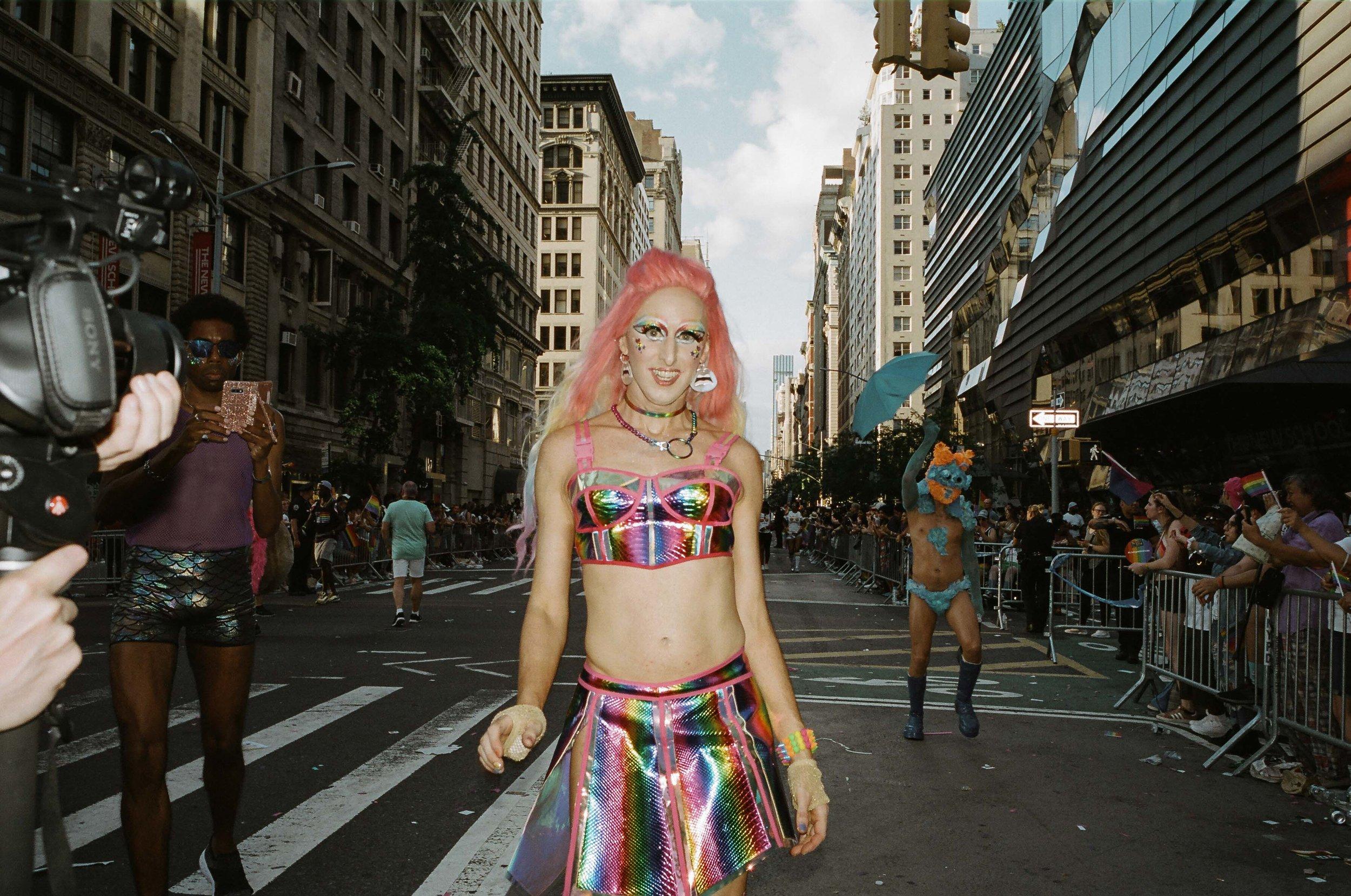 35Portra400-PrideDay2019-08.jpg