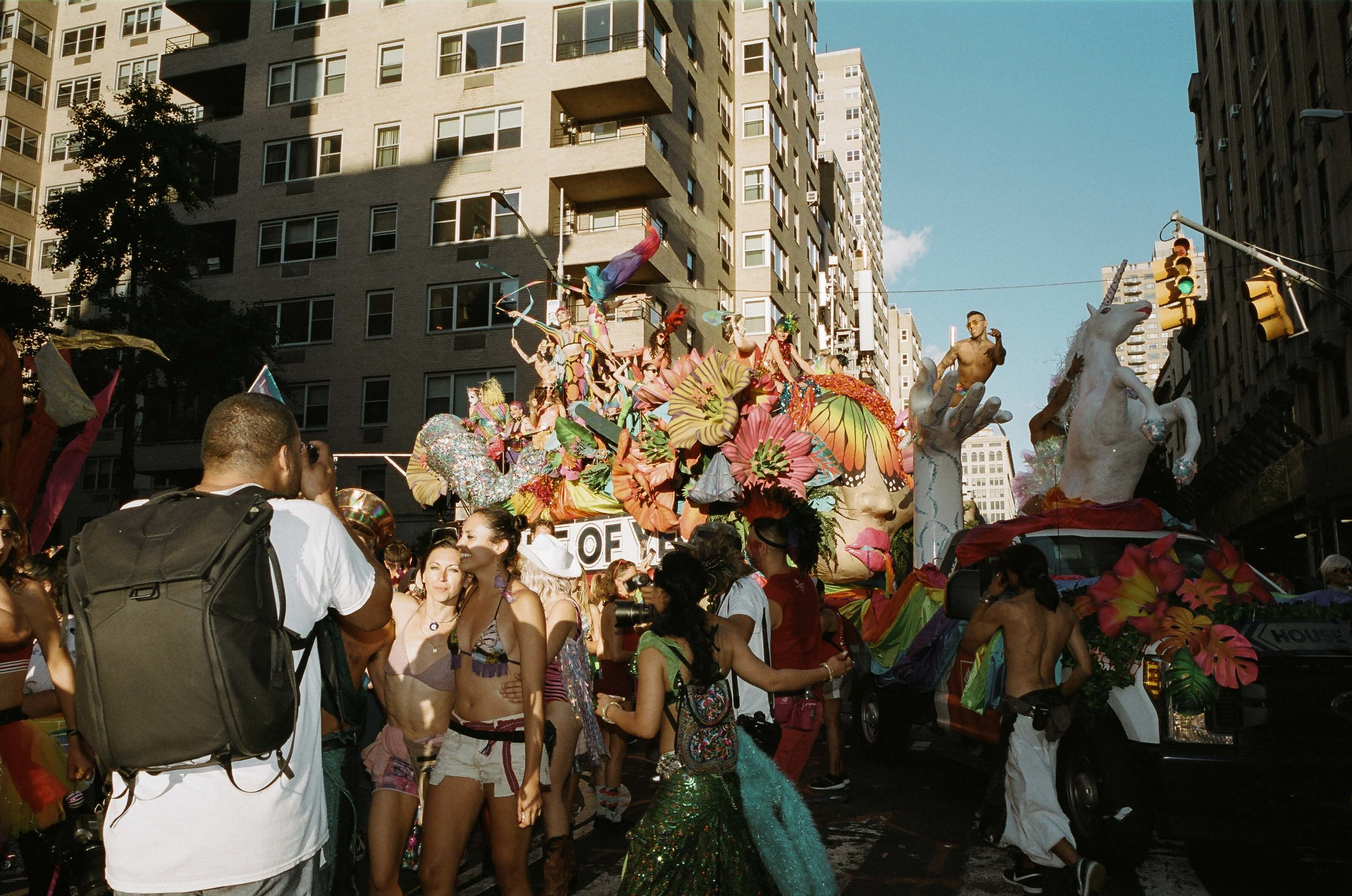 35Portra400-PrideDay2019-21.jpg