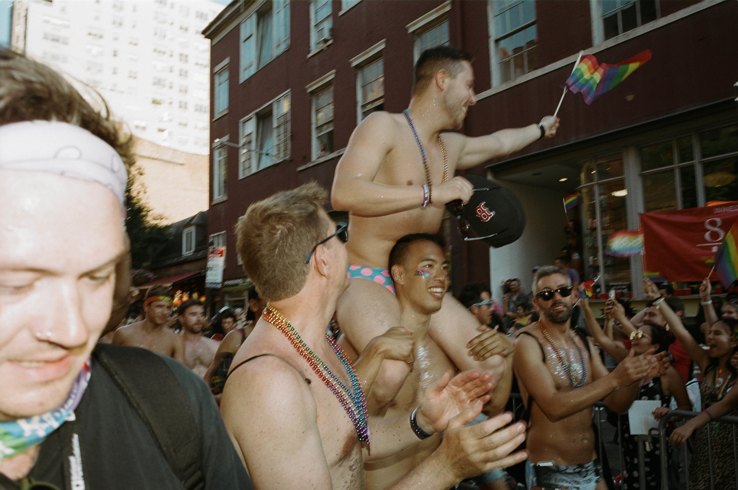 35Portra400-PrideDay2019-27.jpg