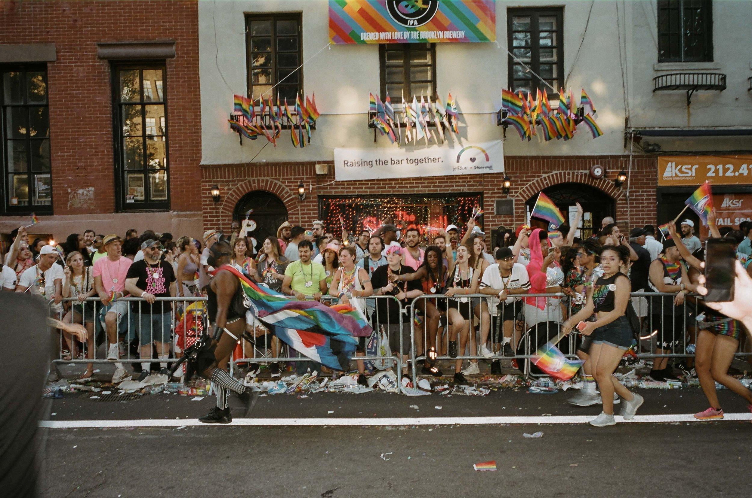 35Portra400-PrideDay2019-57.jpg