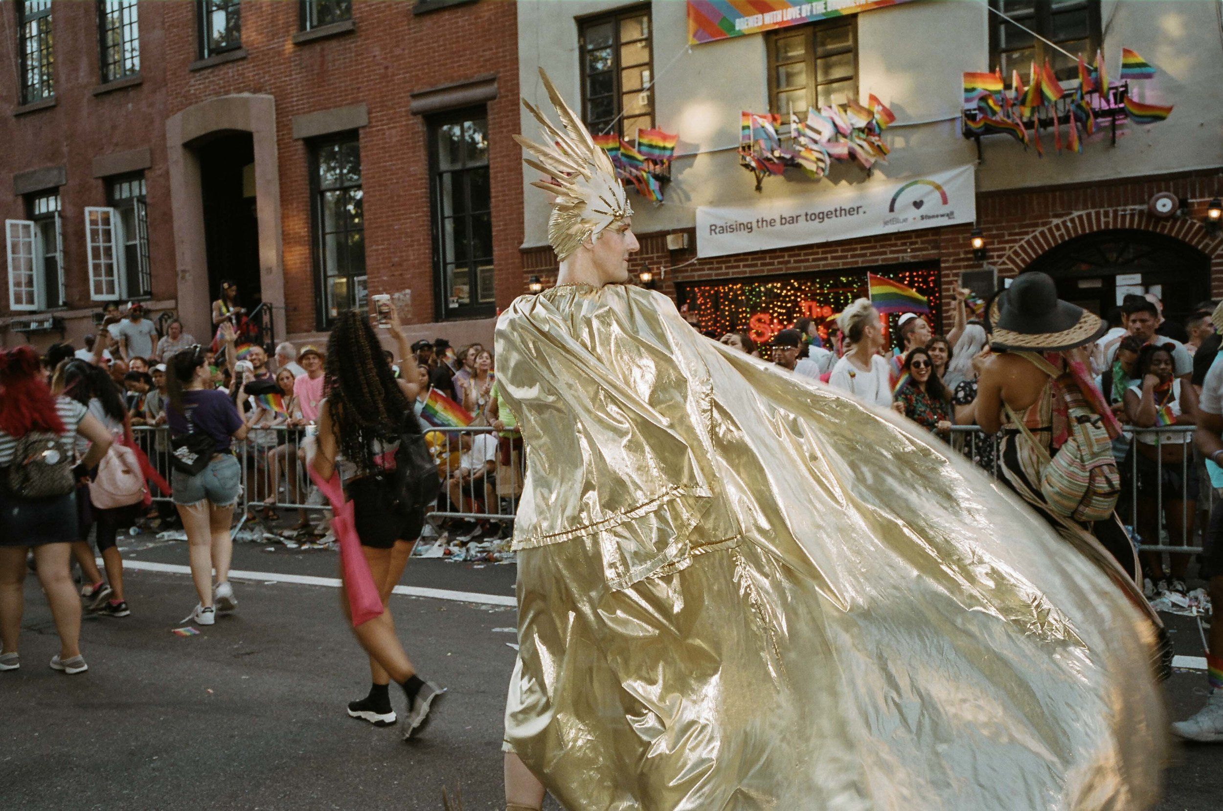 35Portra400-PrideDay2019-62.jpg