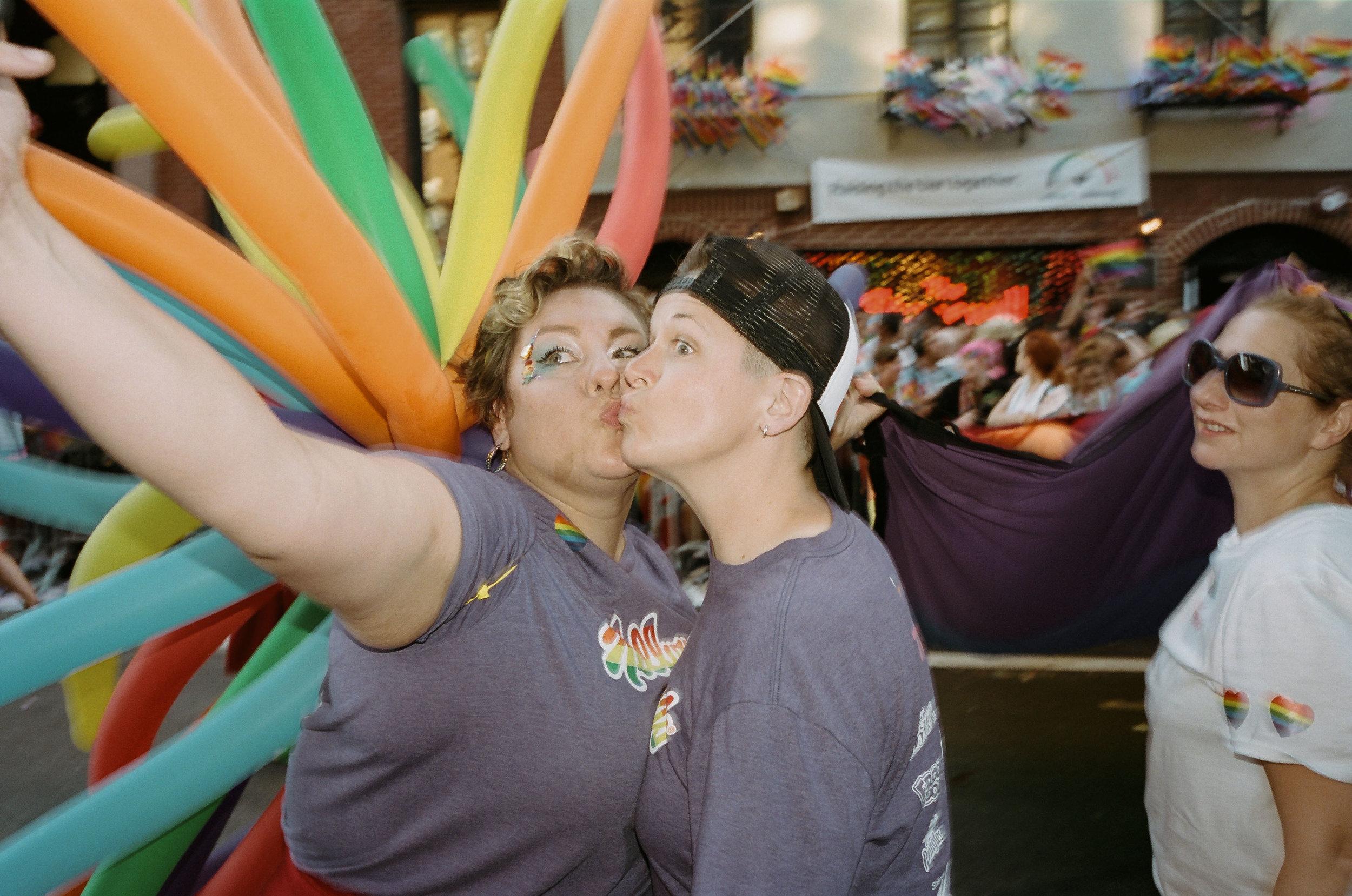 35Portra400-PrideDay2019-66.jpg