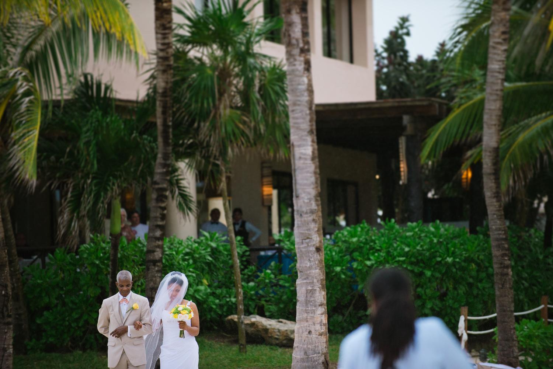 Dreams-Puerto-Adventuras-Wedding-Mexico-018.jpg