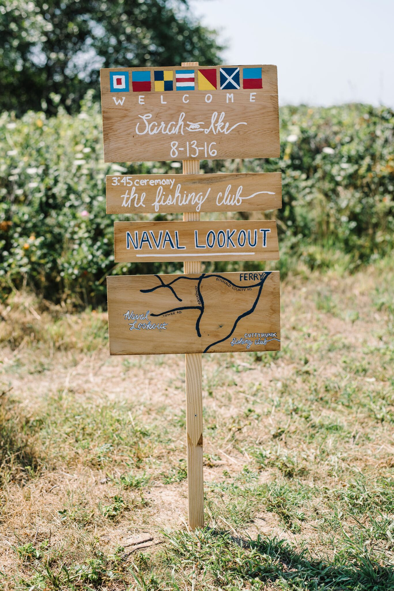 Bride and Groom welcome sign on cutty hunk island